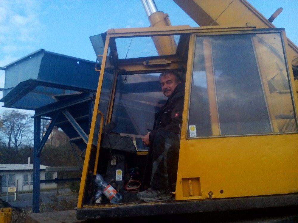 Choceň demontáž betonárky (1)